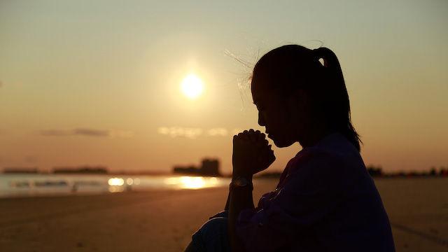 Christin, Gott, Verfolgung