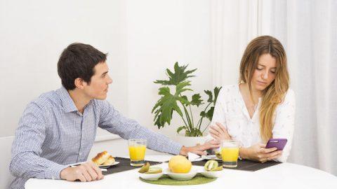Wie sollte ich mit der Affäre meiner Frau umgehen?