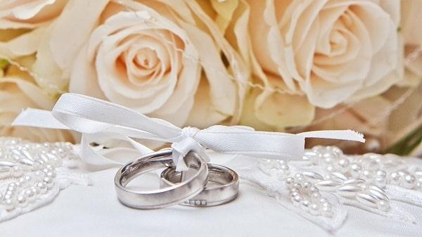 Ring und Blume